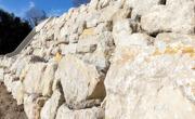 enrochement roche jardin pierre